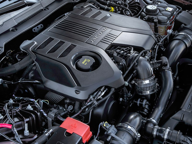 Jaguar XF 2016 двигатель
