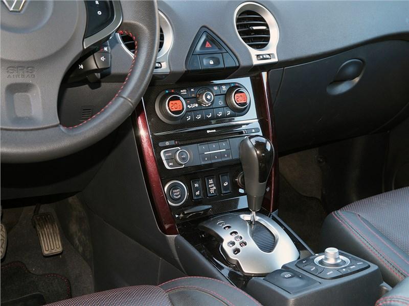Renault Koleos 2014 центральная консоль
