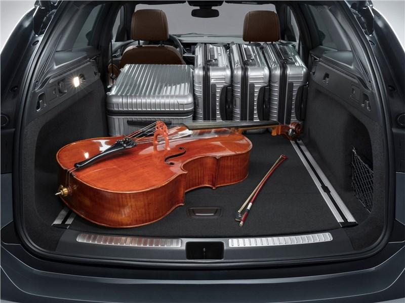 Opel Insignia Sports Tourer 2018 багажное отделение