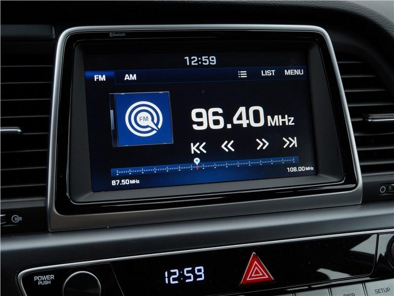 Hyundai Sonata 2018 центральный дисплей