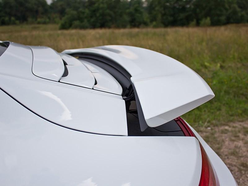 Porsche 911 Carrera 4S 2012 выдвижное антикрыло