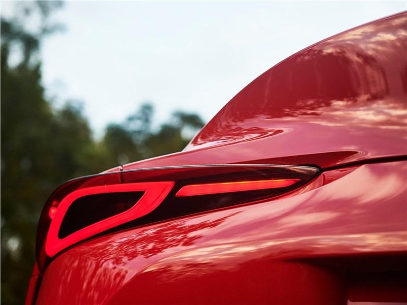 Toyota Supra 2020 задний фонарь