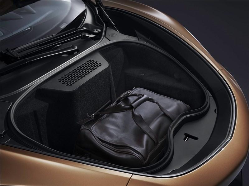 McLaren GT 2020 багажное отделение