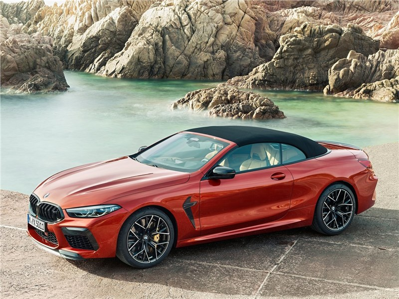 BMW M8 Competition Convertible 2020 вид спереди