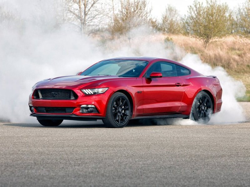 Вмодельном ряду Форд Mustang больше небудет мотора V6