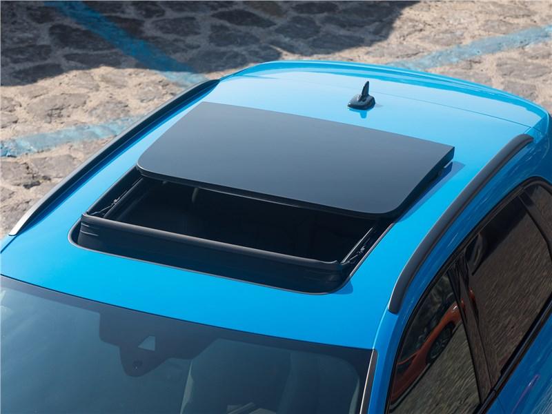 Audi Q3 2019 панорамная крыша