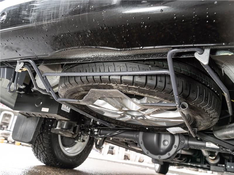 Mercedes-Benz Sprinter 2018 запасное колесо