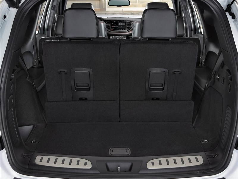 Dodge Durango (2021) багажное отделение