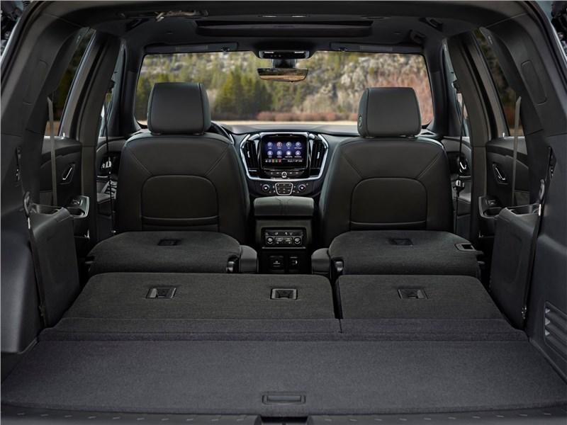 Chevrolet Traverse (2021) багажное отделение