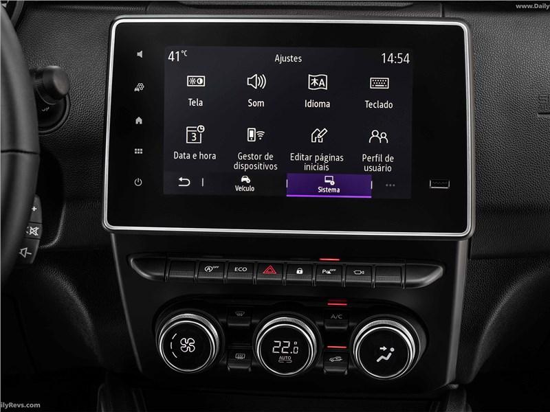 Renault Duster (2021) центральная консоль
