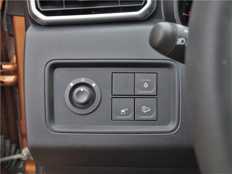 Renault Duster (2021) кнопки
