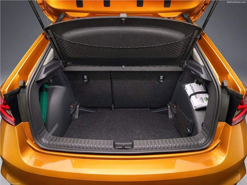 Skoda Fabia (2022) багажное отделение