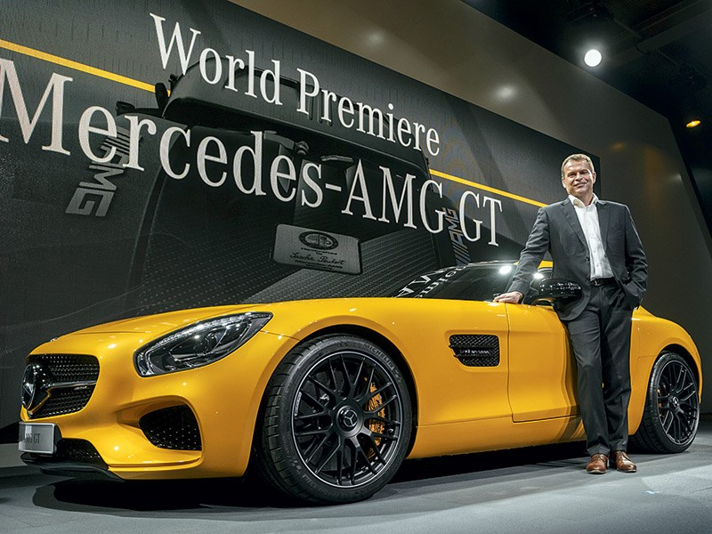 Новый Mercedes-Benz AMG GT - Mercedes-AMG GT 2015 Вооружен, но безопасен