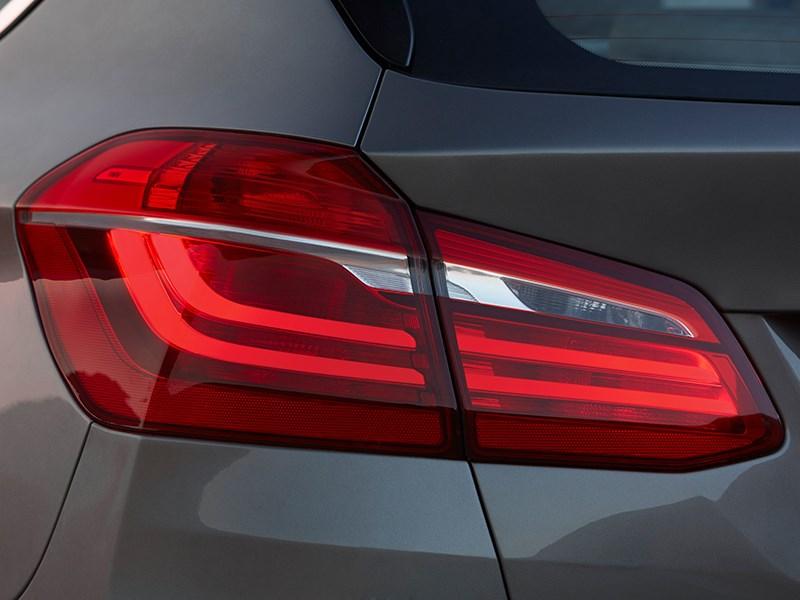 BMW 2 Series Active Tourer 2014 задний фонарь