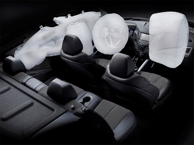 Hyundai Veloster 2016 подушкм безопасности