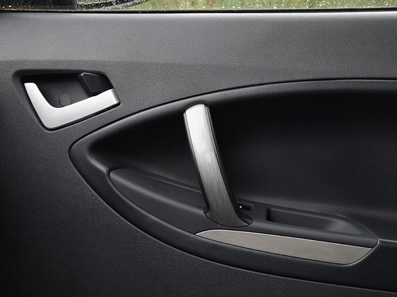 Geely Emgrand X7 2014 внутренние ручки пассажирских дверей