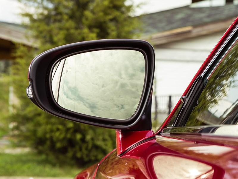 Lexus IS 2014 боковое зеркало