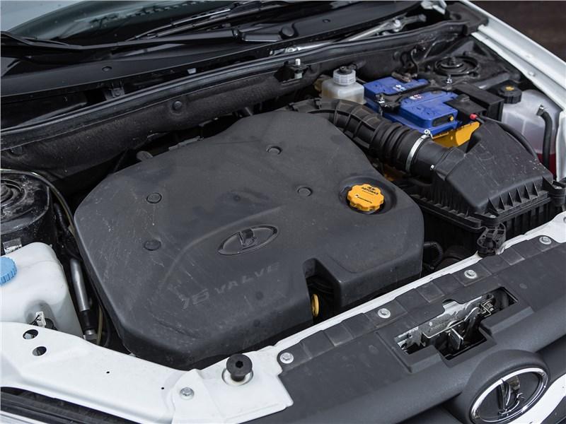 Lada Granta Liftback 2014 двигатель
