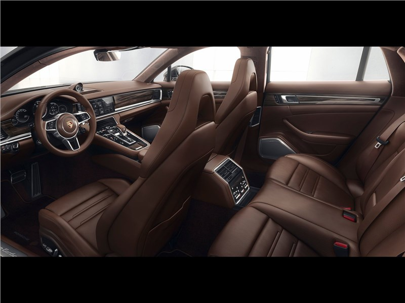 Porsche Panamera Sport Turismo 2018 салон