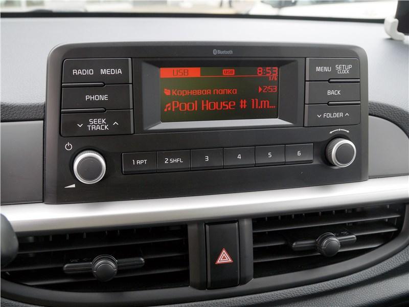 Kia Picanto 2017 монитор