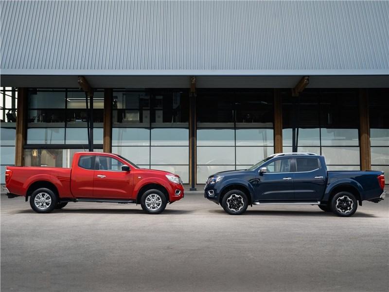 Nissan Navara 2020 вид сбоку