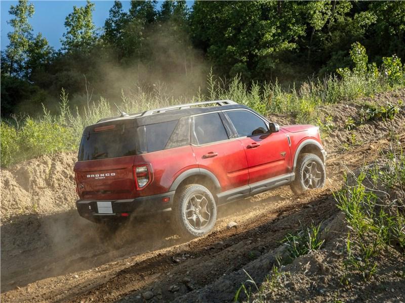 Ford Bronco Sport (2021) вид сбоку
