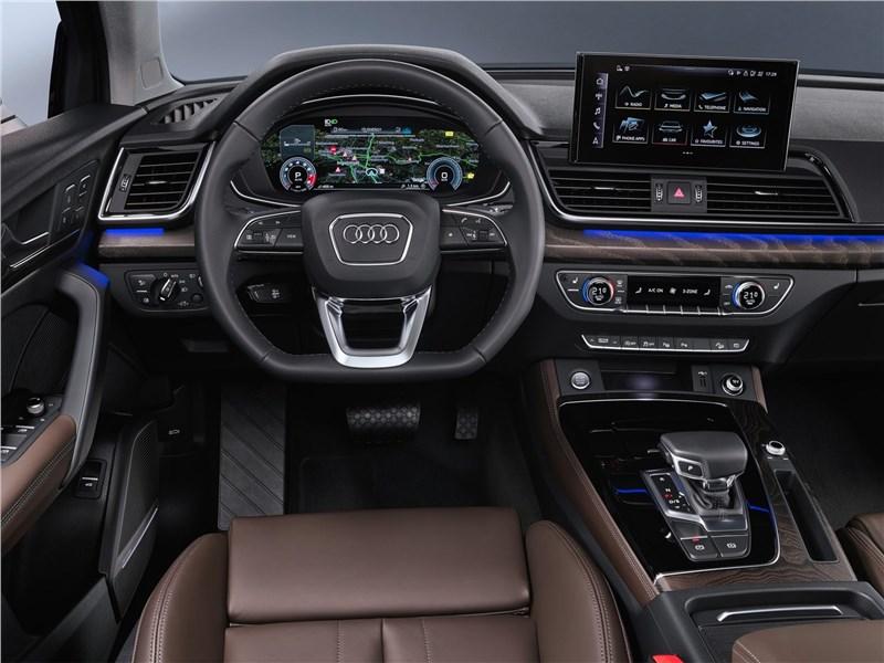 Audi Q5 Sportback (2021) салон