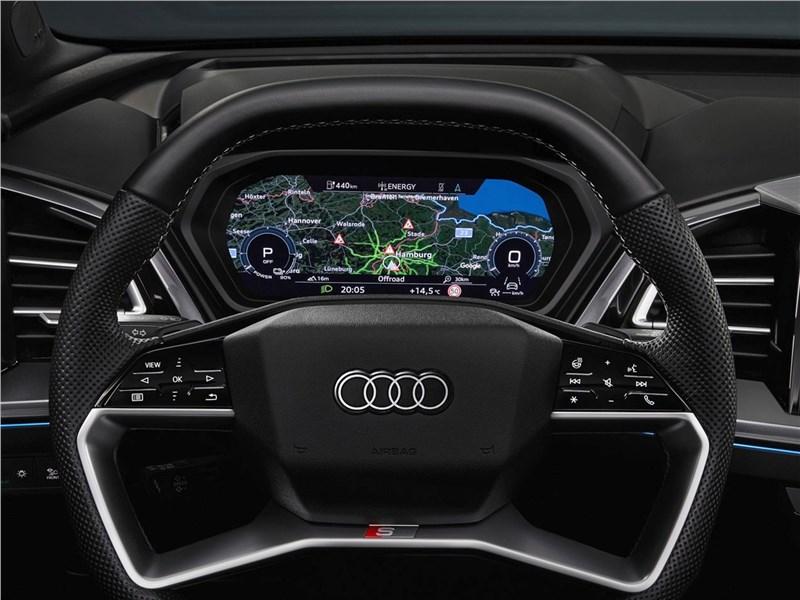 Audi Q4 e-tron (2022) кокпит