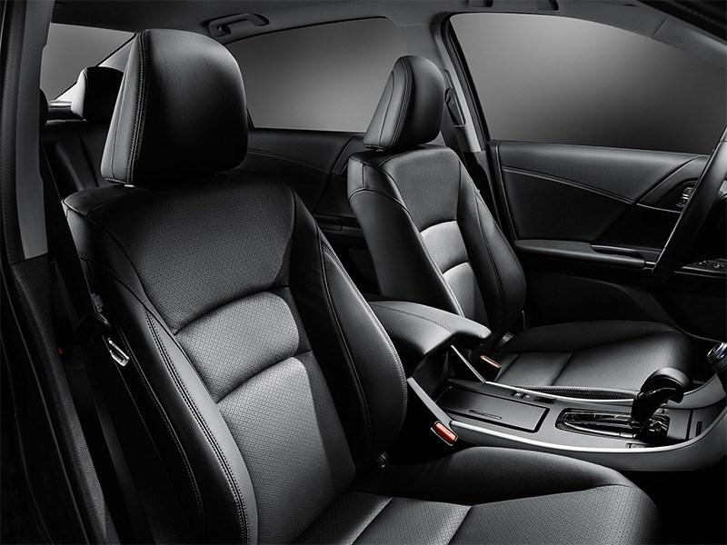 Honda Accord 2015 передние кресла