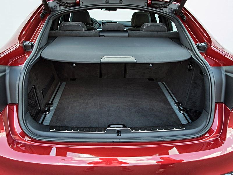BMW X6 2015 багажное отделение