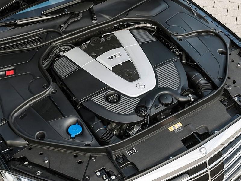 Mercedes-Maybach S 600 2015 двигатель