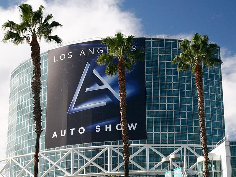 Автосалон в Лос-Анджелесе. Юг против севера