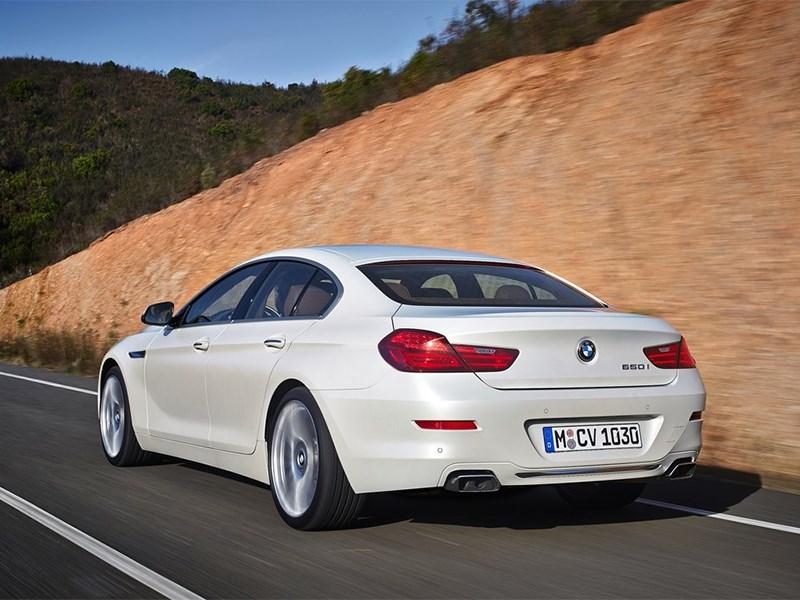 BMW 6-Series Gran Coupe 2015 вид сзади