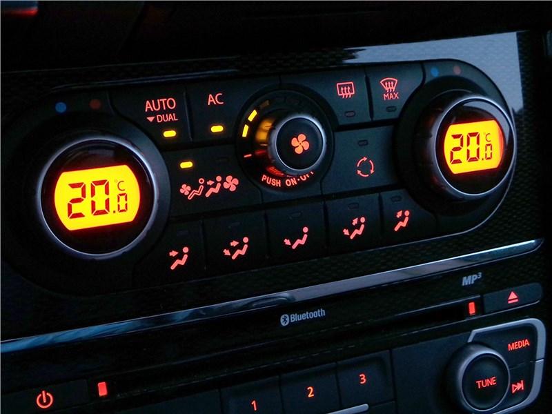 Renault Koleos 2014 панель климат-контроля