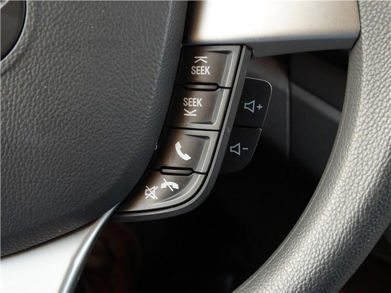 Ravon R2 2016 кнопки на руле