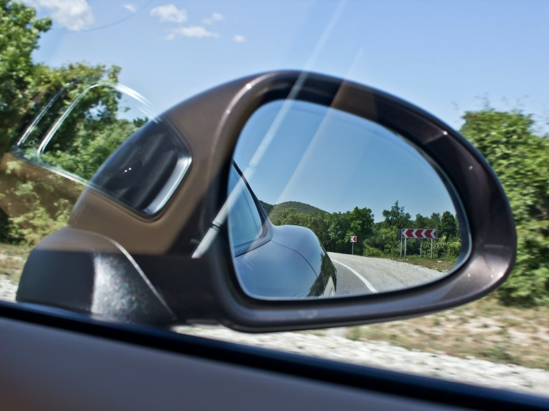Porsche Cayman S 2013 боковое зеркало