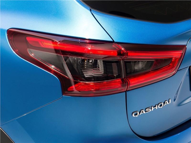 Nissan Qashqai 2018 задний фонарь