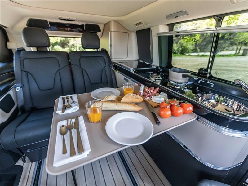 Mercedes-Benz V-Klasse 2020 обеденный столик