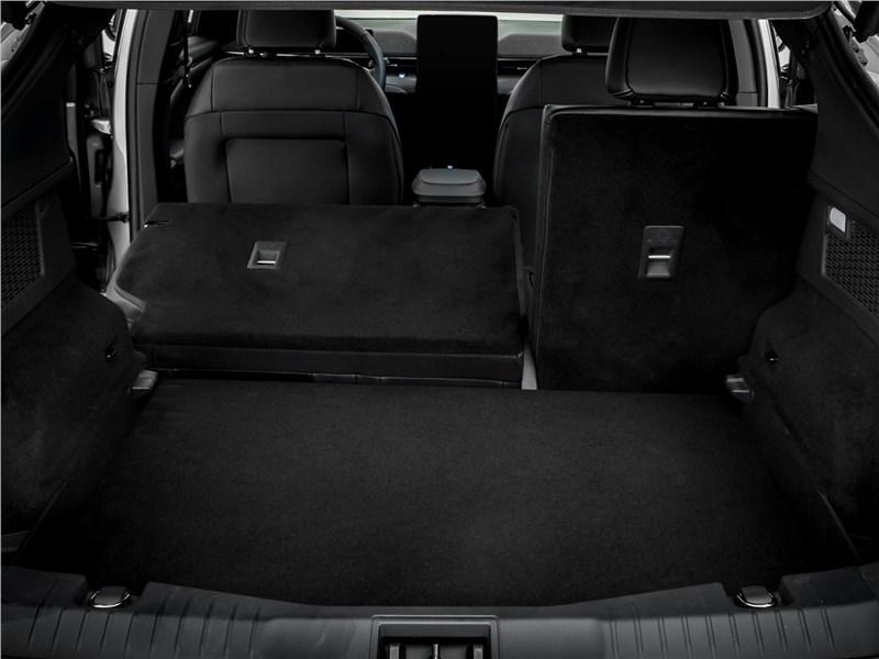 Ford Mustang Mach-E 2021 багажное отделение