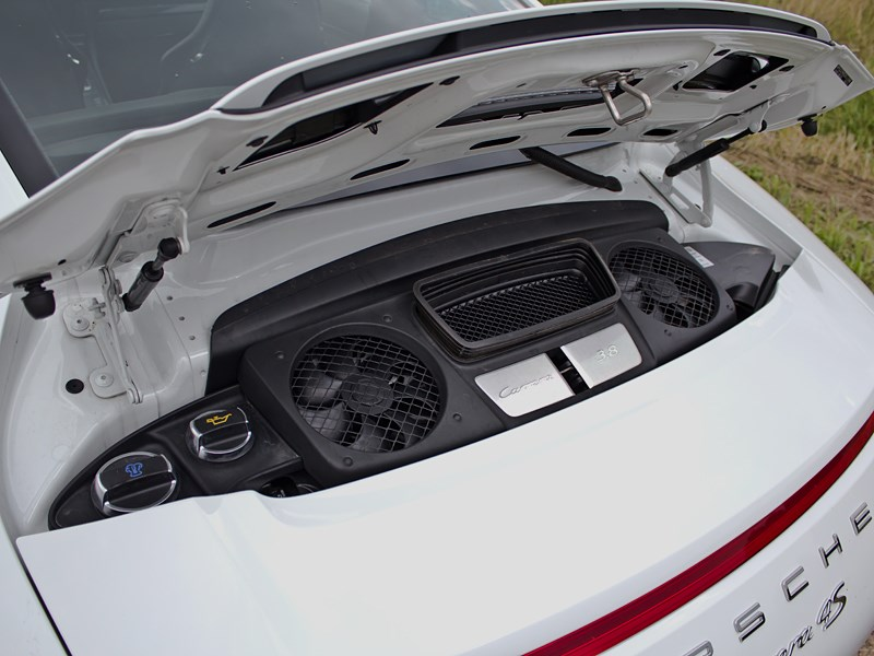 Porsche 911 Carrera 4S 2012