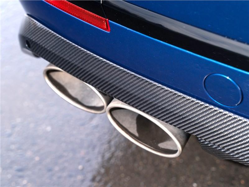 Bentley Bentayga Speed 2020 выхлопная труба