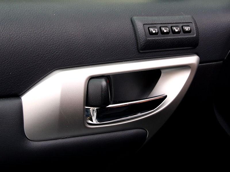Lexus CT 200h 2011 внутренние ручки дверей