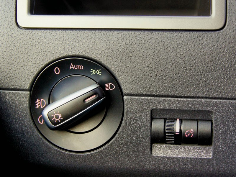 Volkswagen Caravelle переключатель света