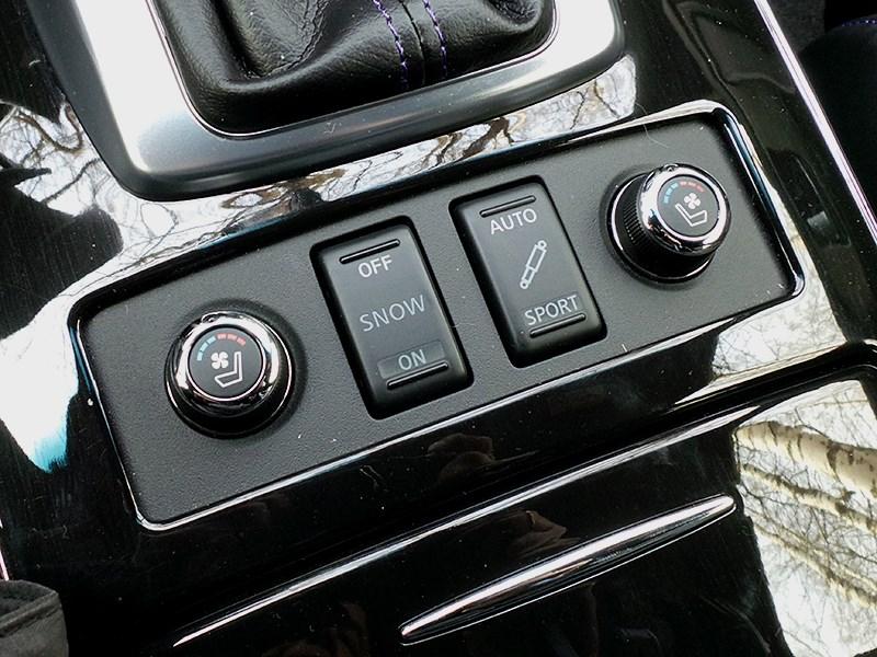 Infiniti QX70 2015 регуляторы обогрева и вентиляции сидений