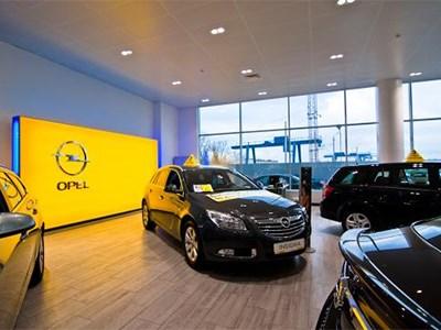 Opel предлагает российским клиентам съездить в Белоруссию за новой машиной
