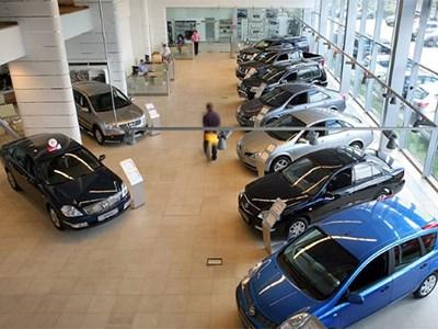 Цены на автомобили в России начинают снижаться