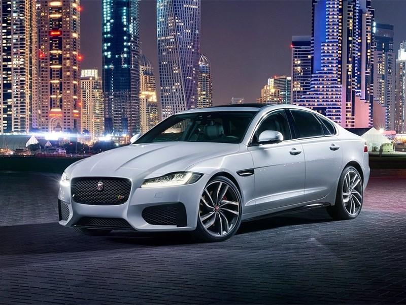 Jaguar XF 2016 Фокусник