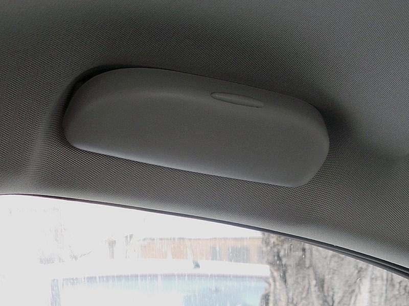 Chevrolet Cruze SW 2013 очечник