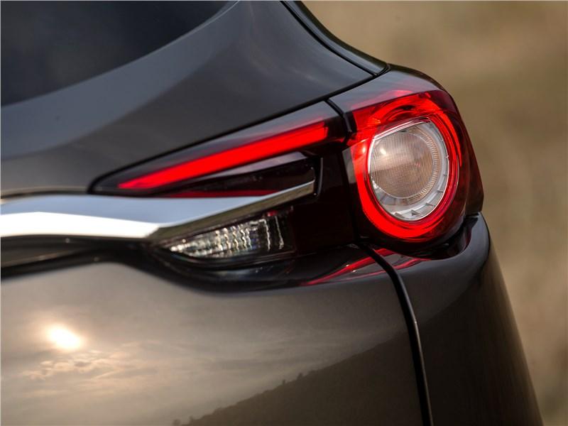 Mazda CX-9 2016 задний фонарь