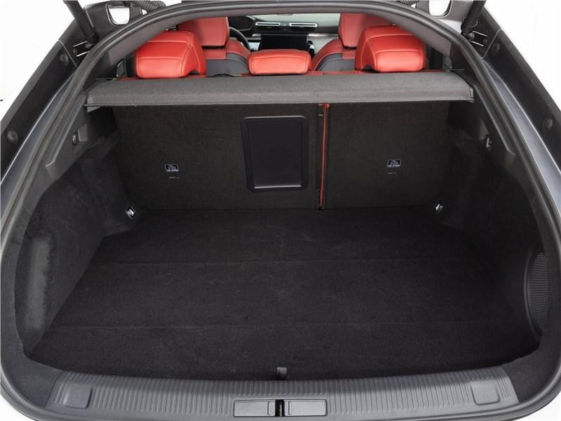 Peugeot 508 2019 багажное отделение